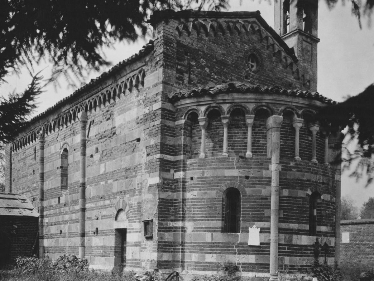 Church of San Pietro Vecchio at Brusasco (Torino), view from the east. This was one of Lucy Porter's early large-format photographs; it was published in Lombard Architecture.