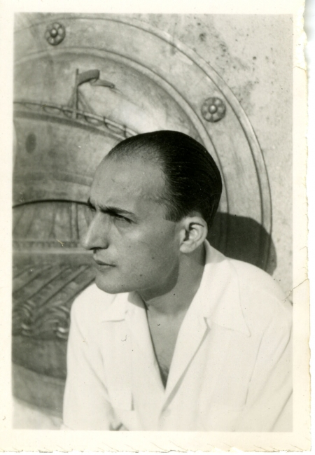 Nikos Gatsos at 28 years old, 1939-40